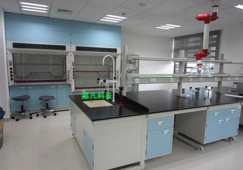 测实验室、百级灌装车间、纯净水灌装室等工程.嘉凡具有设计、施工